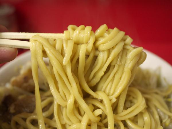 ラーメン二郎 麺