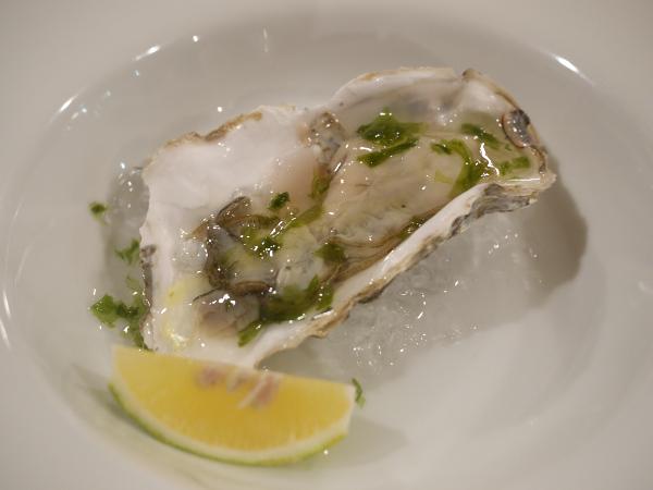 厚岸産牡蠣のクリュ