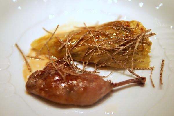 ブルターニュ産うずら トリュフとうま味をとじ込めたキャベツ包