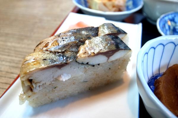 手作り焼きサバ寿司