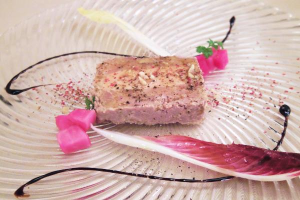 フォアグラと鴨肉のグルメなテリーヌ
