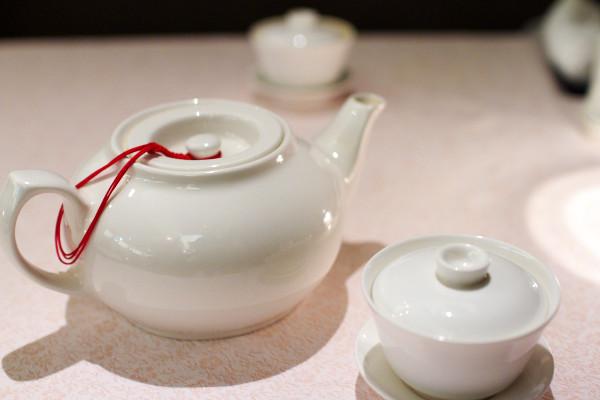 脇屋が選んだ銘茶、極上烏龍の甘い香り