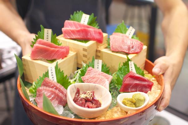 ニッポンまぐろ漁業団 新橋
